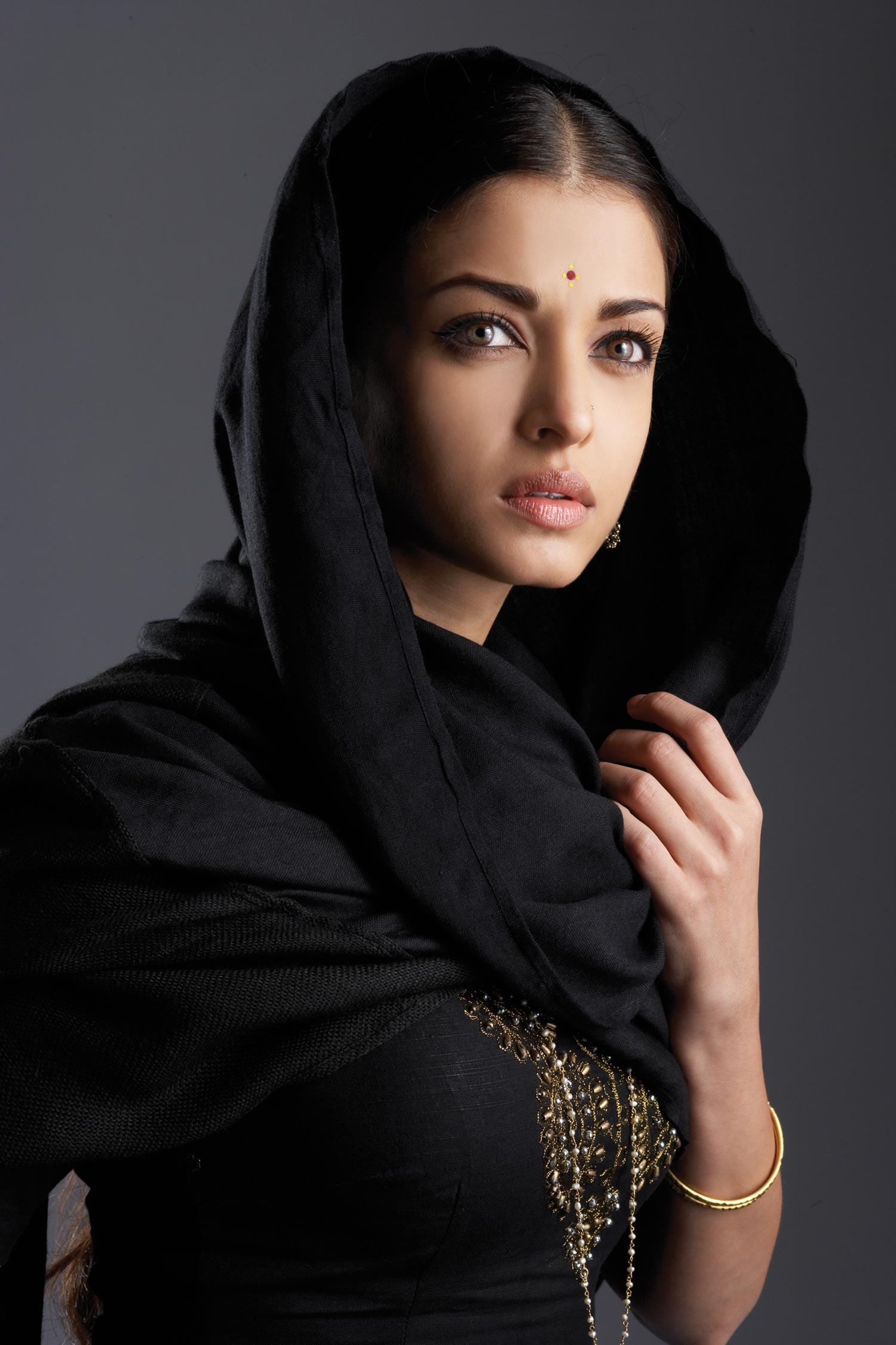 Фото красивых девушек брюнетки чеченки 11 фотография