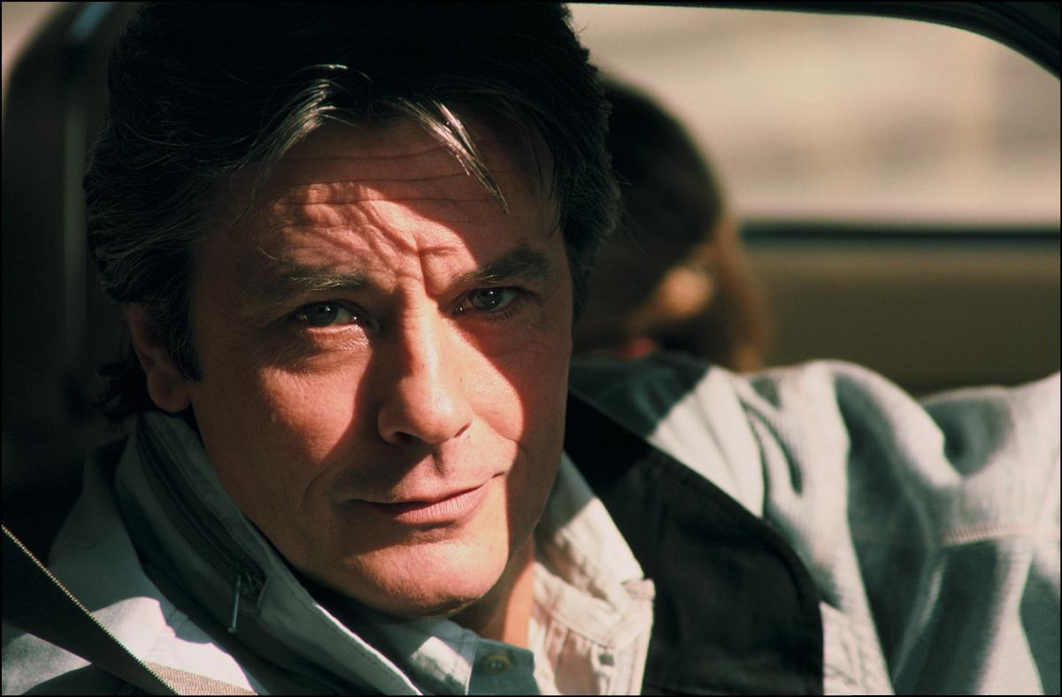 Alain Delon photo #390192