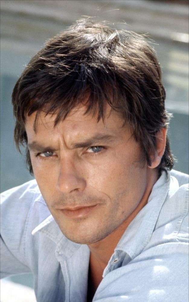Alain Delon photo #390423