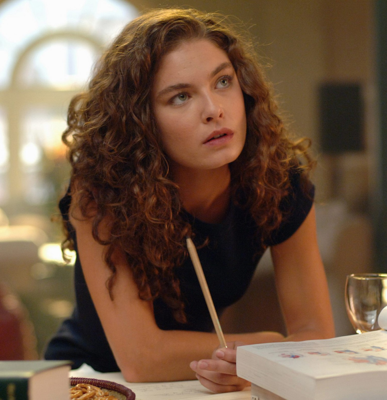 Alexa Davalos photo #141718