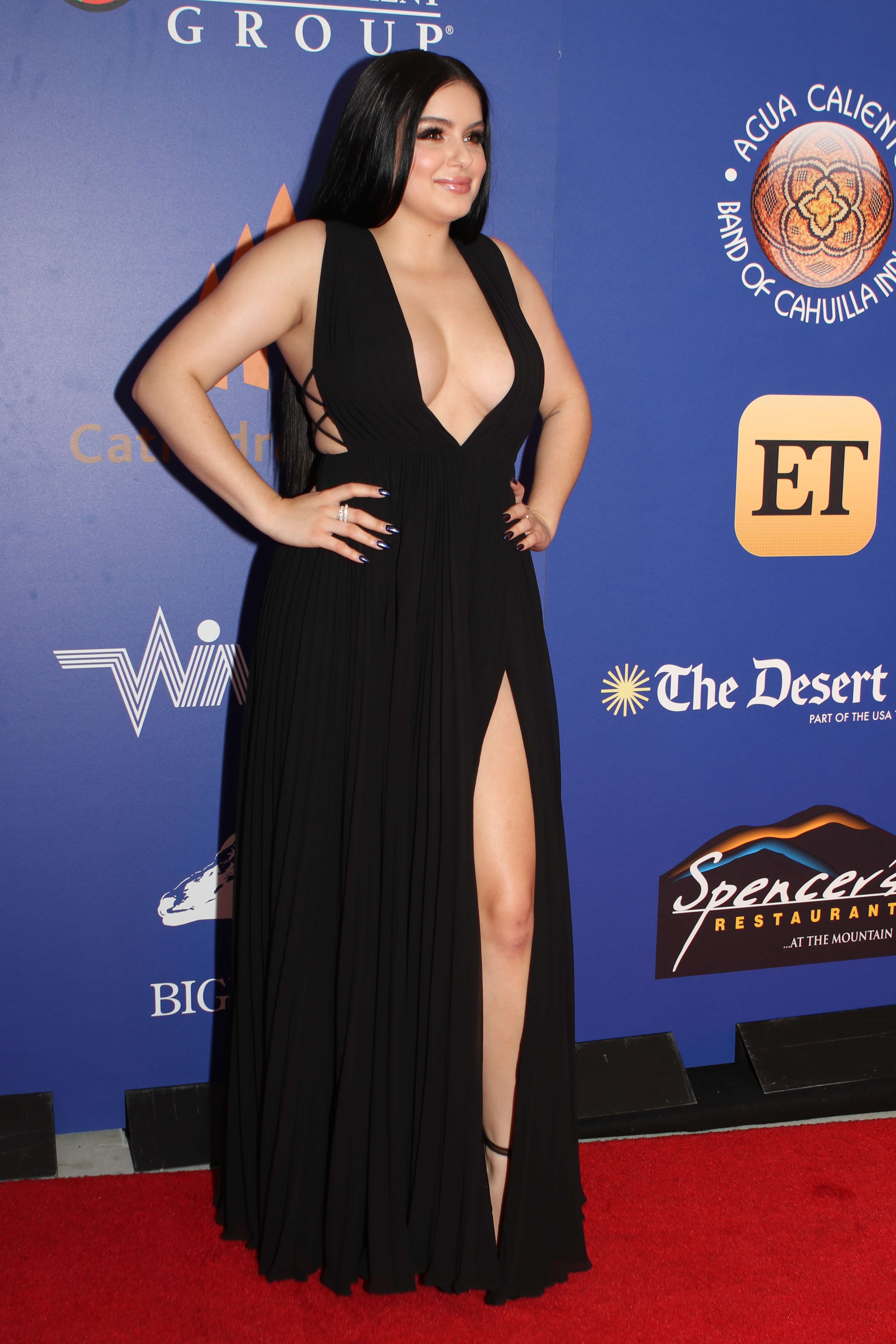 Ariel Winter Photo Gallery Page 4 Celebs Place Com