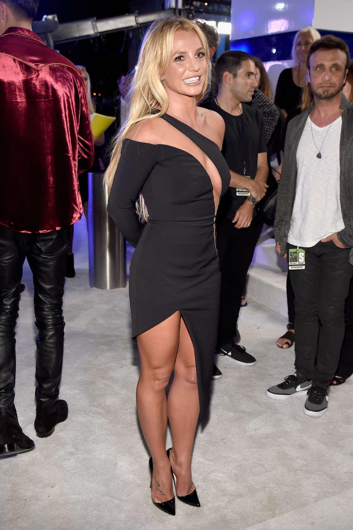 Christina Aguilera photo #94982 | Celebs-Place.com