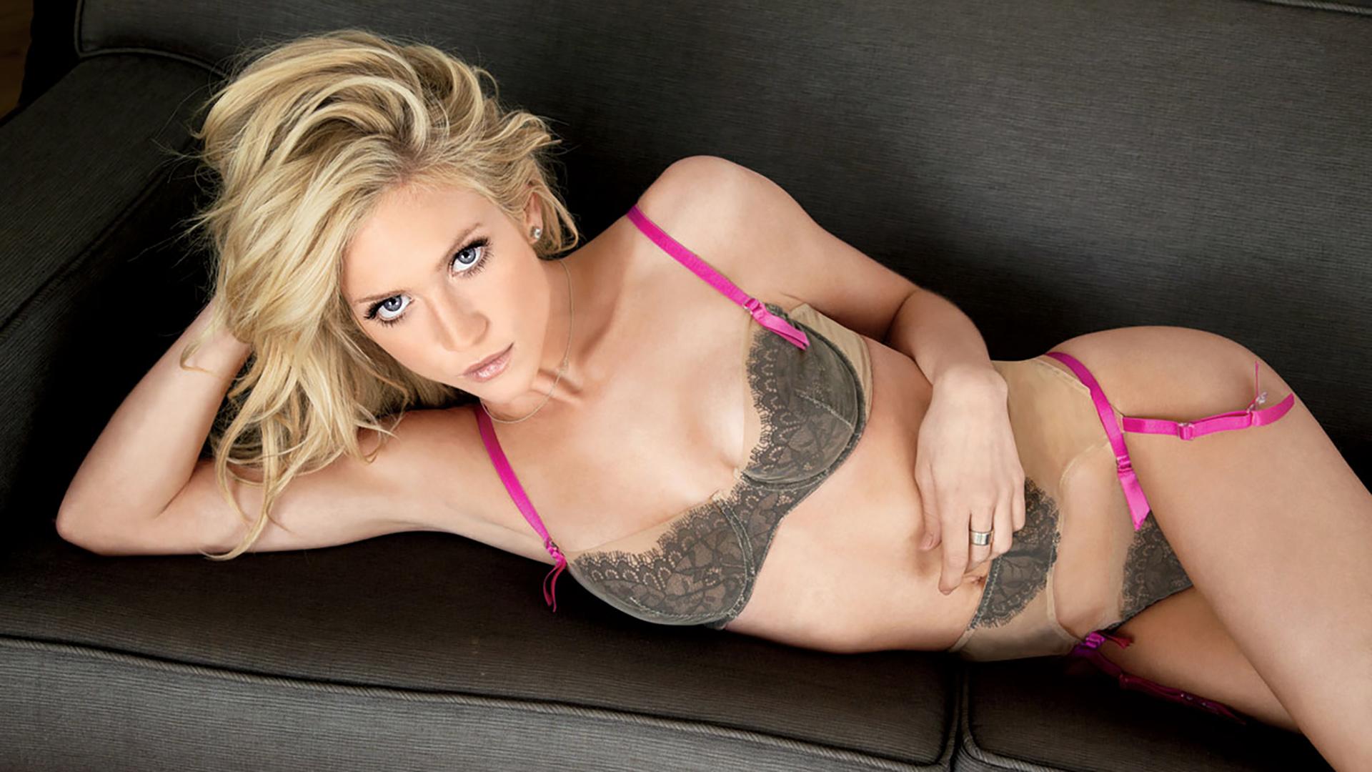 nude swedish actress