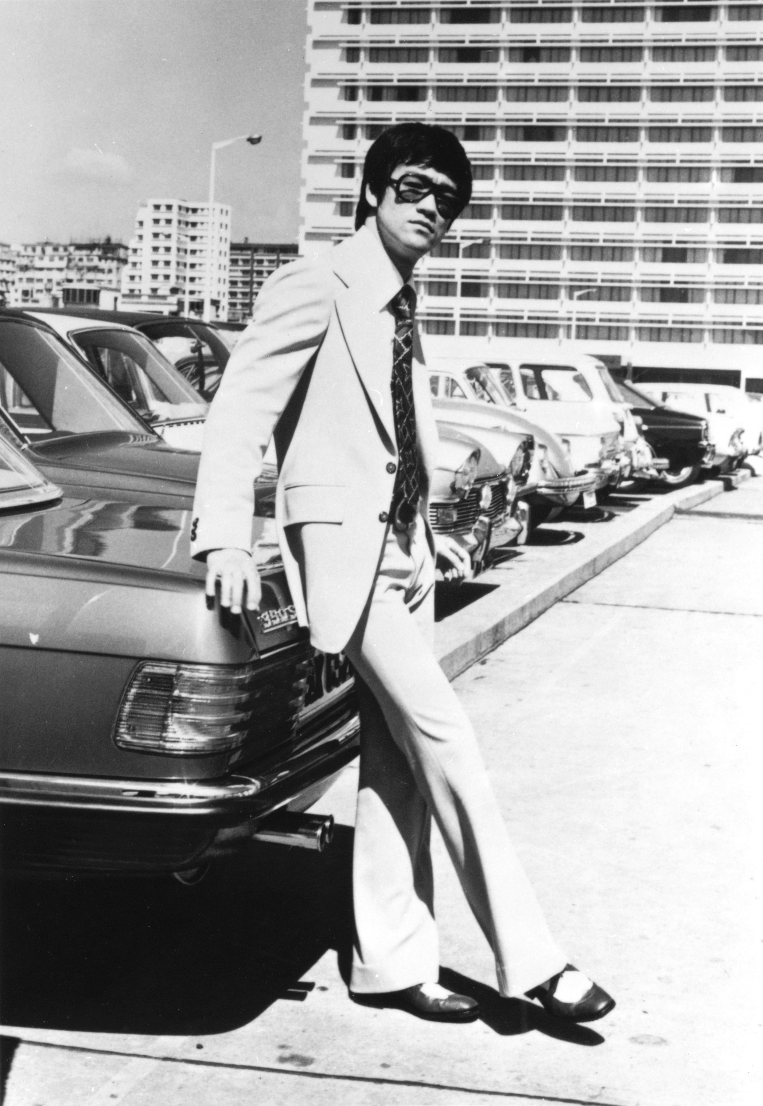Bruce Lee photo galler...