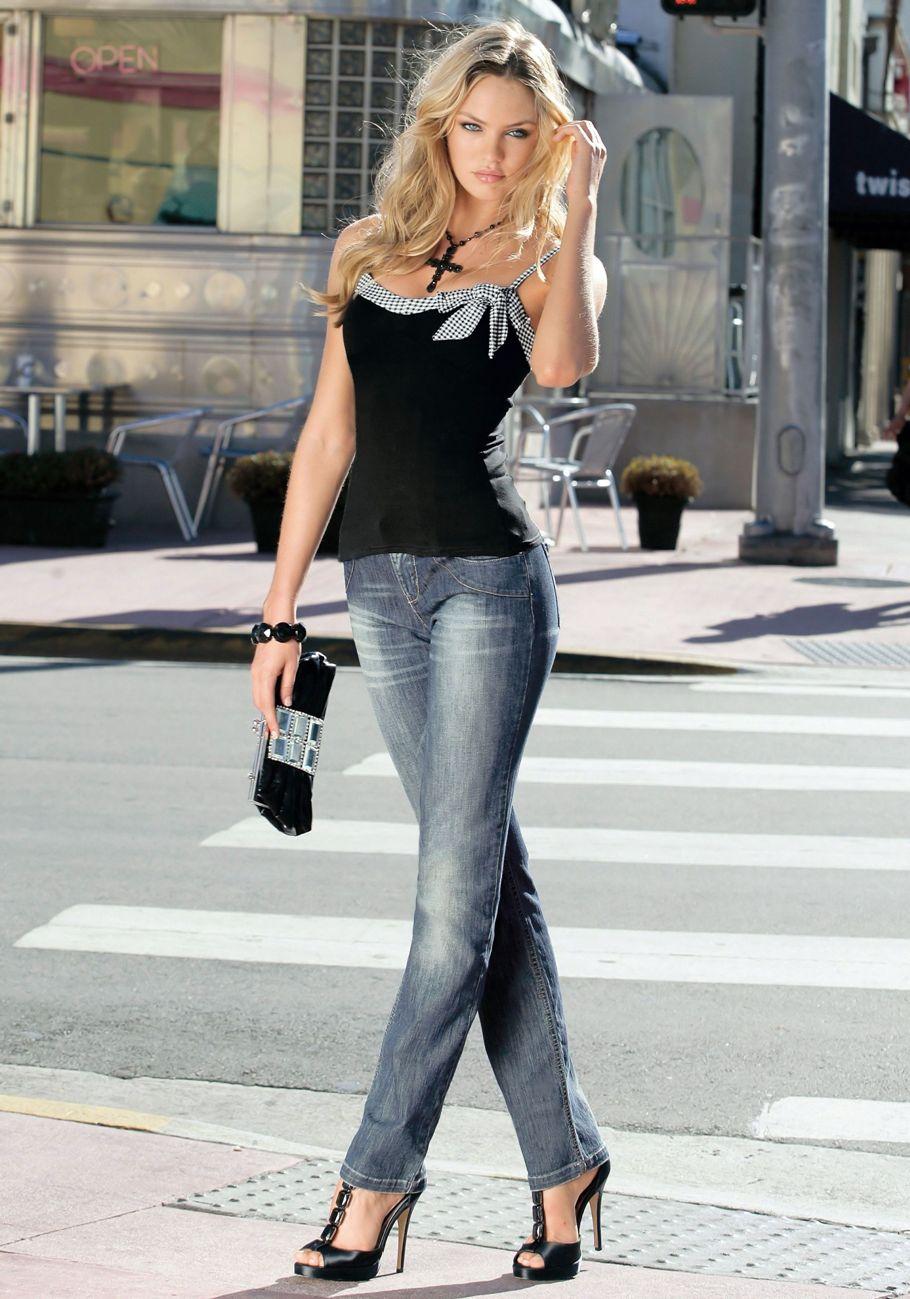 Фото красивых девушек в джинсах в полный рост