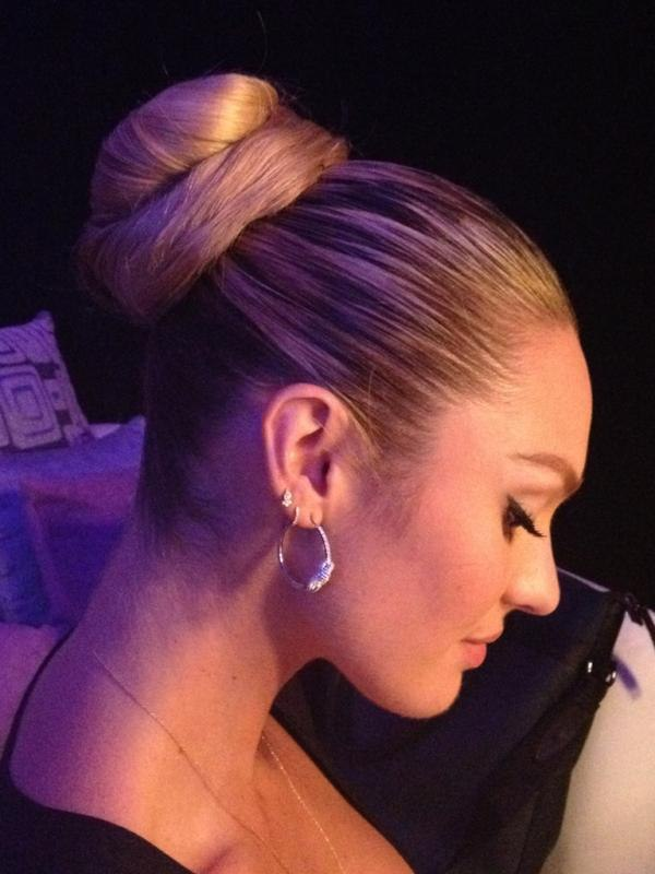 Hd >> Candice Swanepoel photo gallery - page #165   Celebs-Place.com