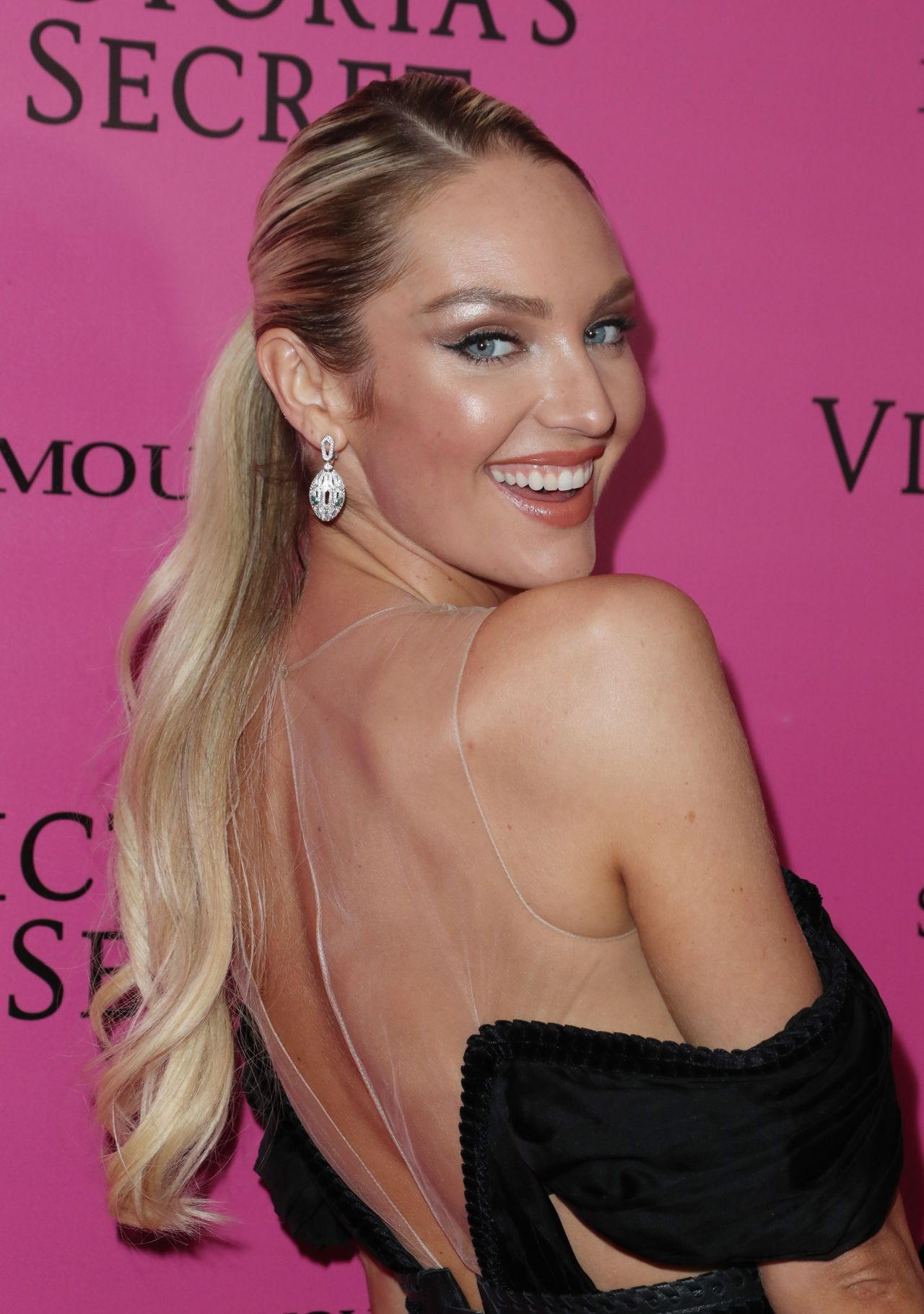 Candice Swanepoel photo #815457