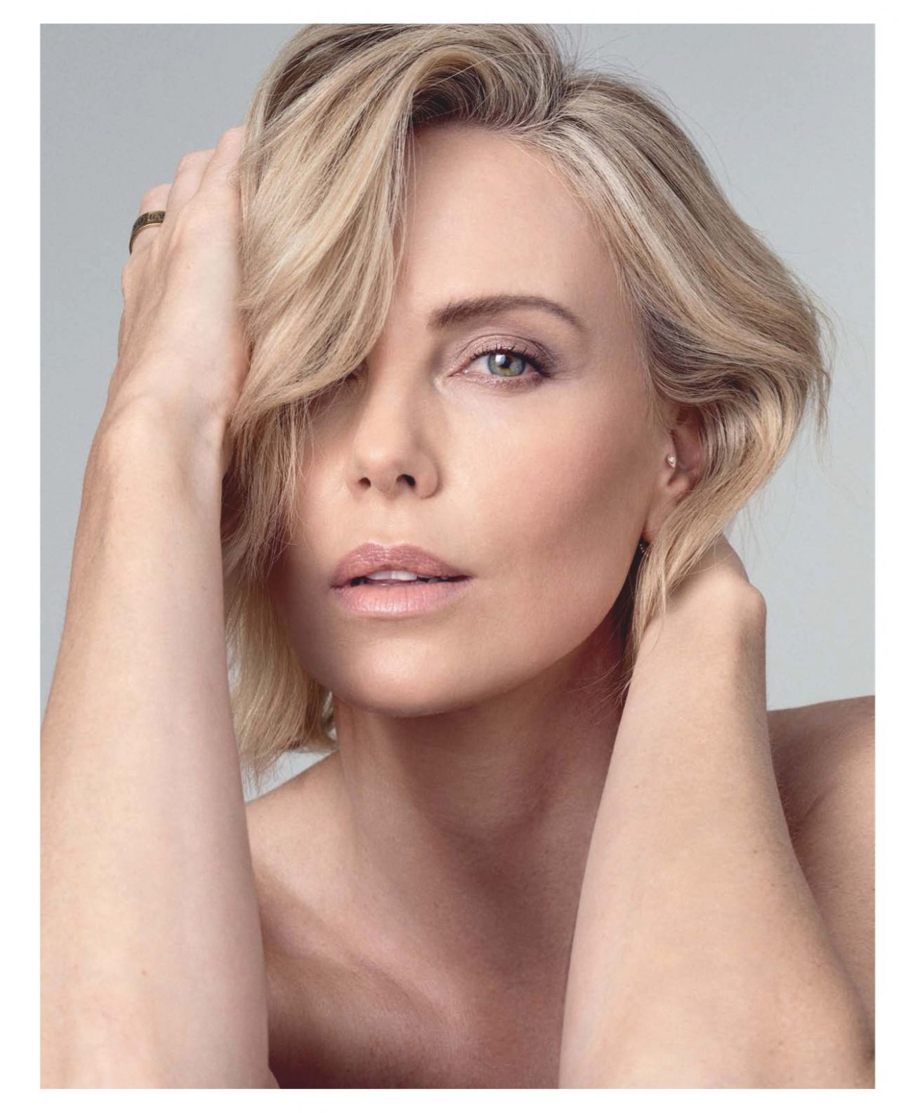 Charlize Theron photo #889301