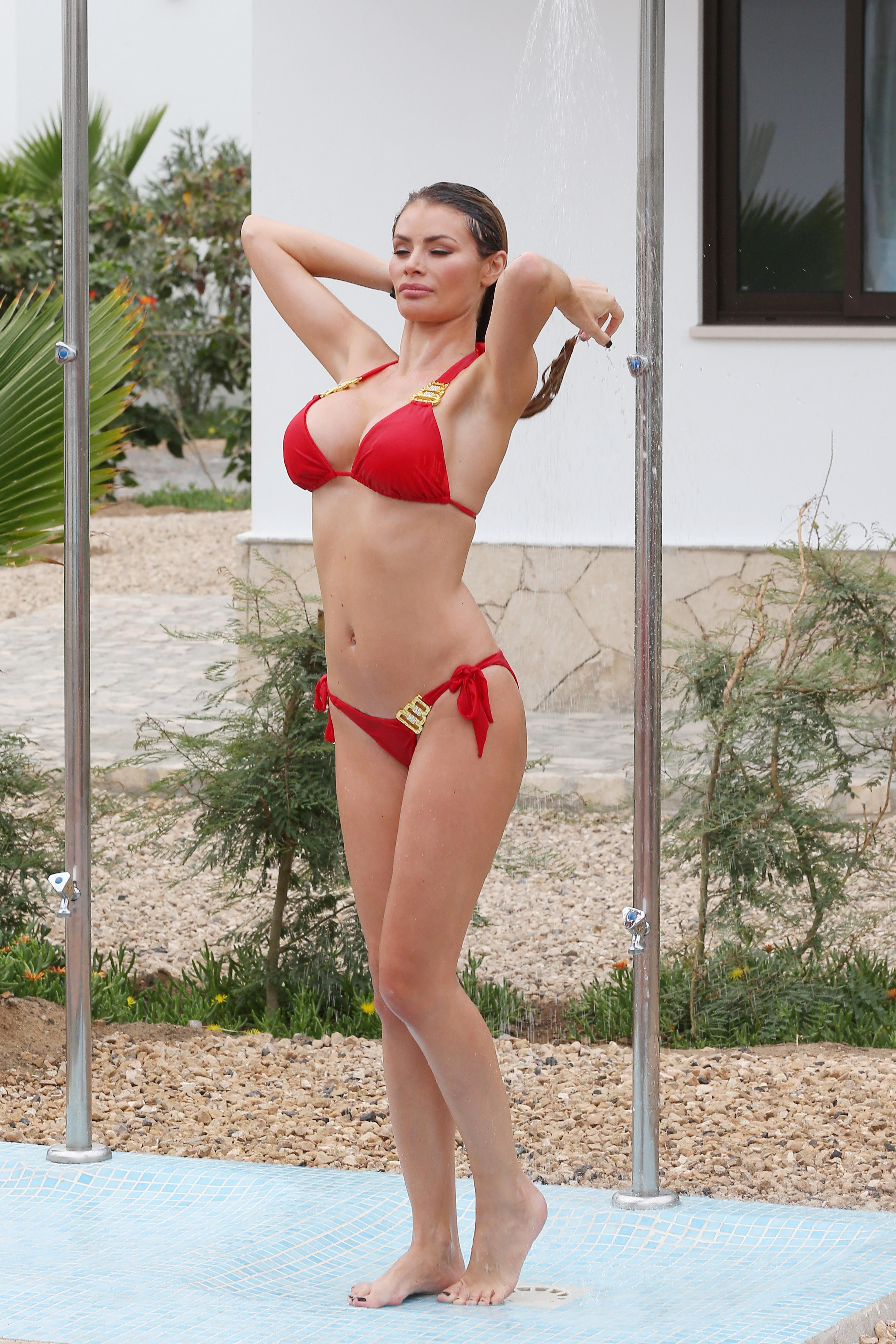 Chloe Sims photo gallery - 70 best Chloe Sims pics | Celebs-Place.com