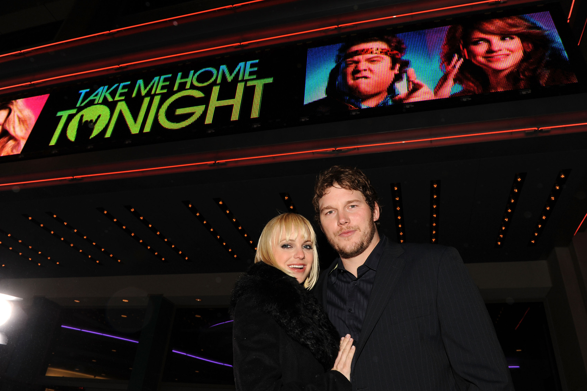 Anna Faris and Chris Pratt at event of Take Me Home Tonight (2011) photo #489218