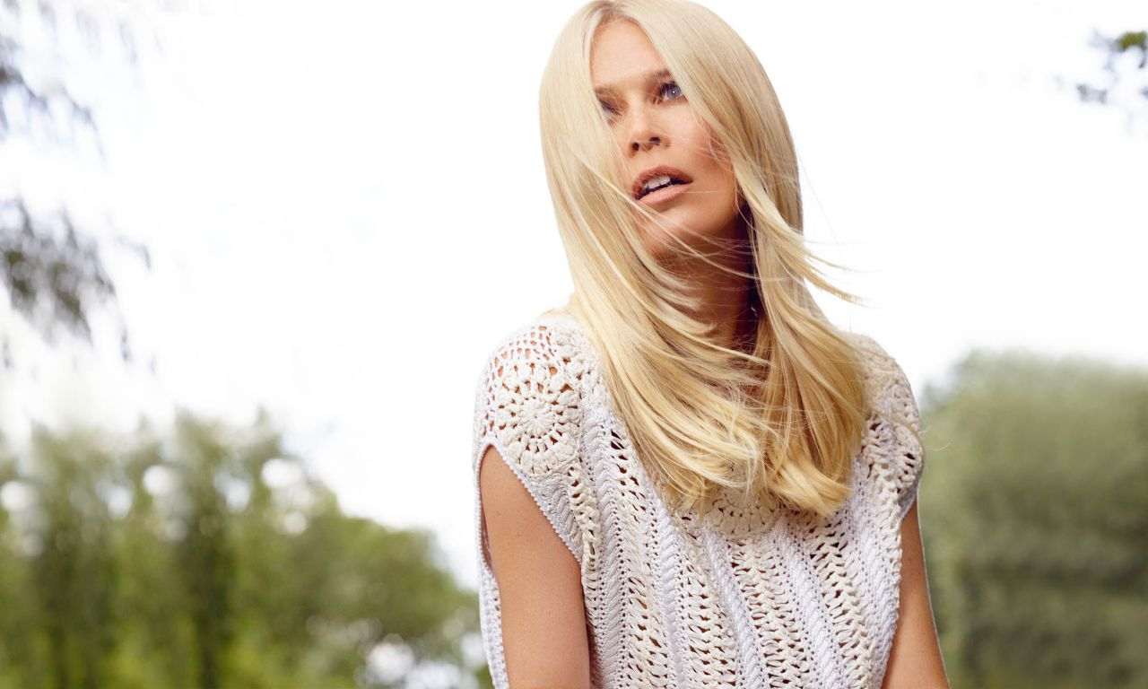 claudia schiffer dating Claudia schiffer now:  rosie is still breathtakingly beautiful, having modelled for every big designer in the fashion dictionary, and is dating actor jason statham.