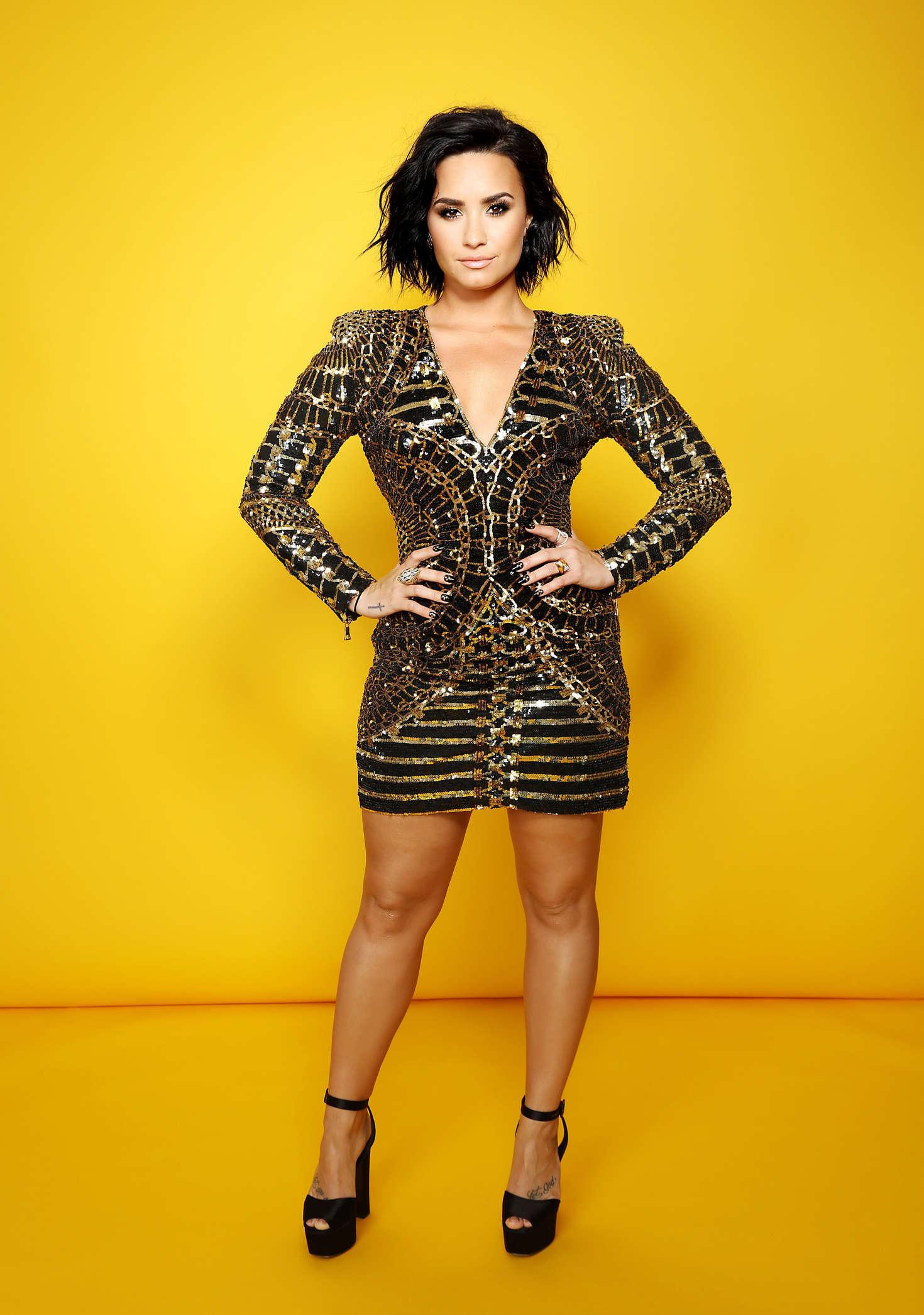 Demi Lovato Backstage Portrait Studio 102 Kiis Fms 06 Actors