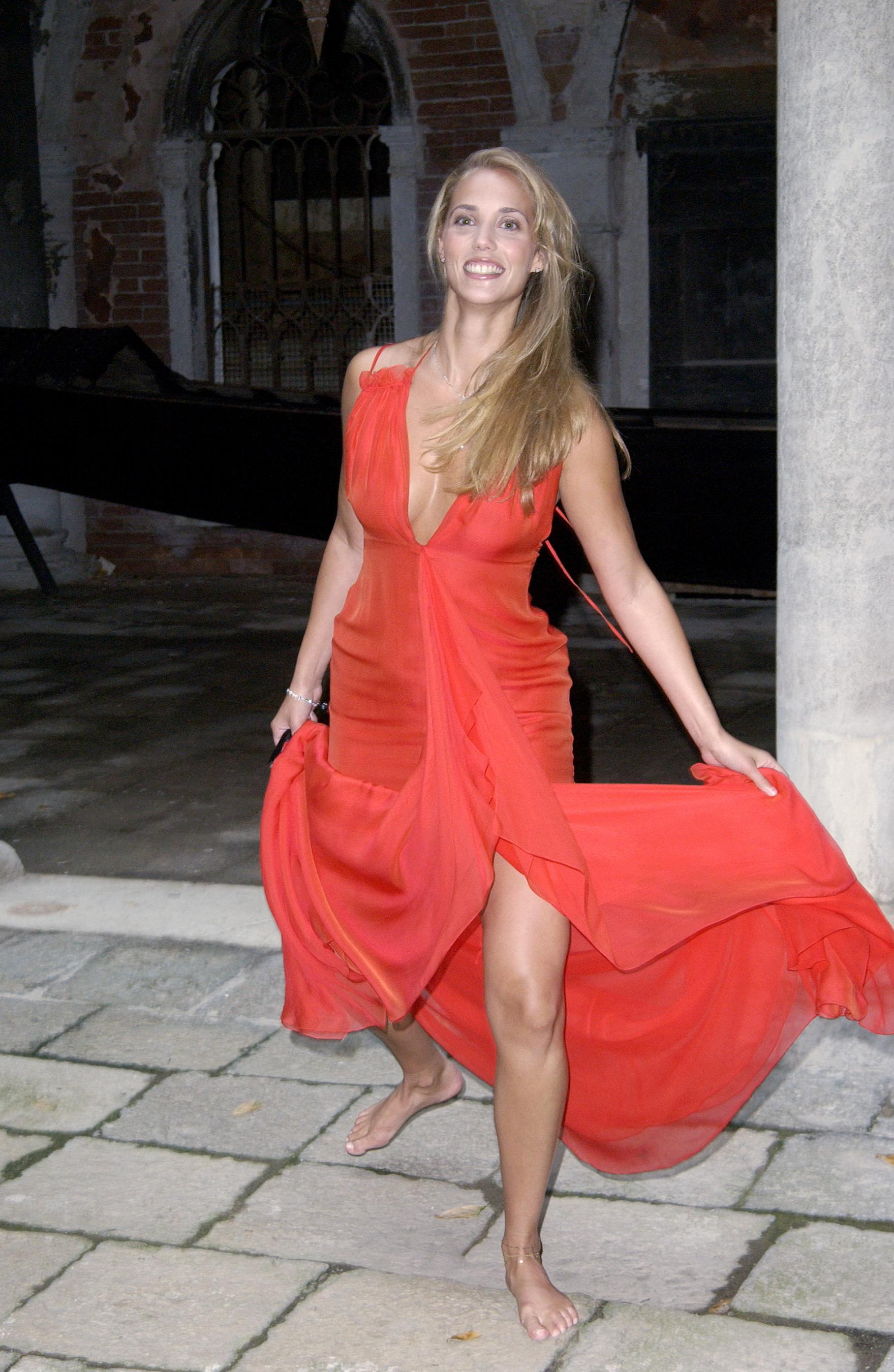 Elizabeth berkley photo gallery 101 best elizabeth berkley pics elizabeth berkley 1759x2700 1 voltagebd Image collections