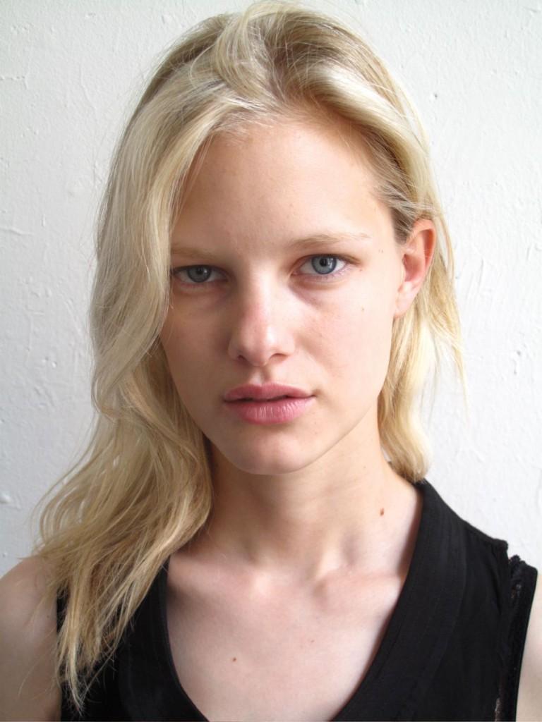 Images Hannah Holman naked (24 images), Tits