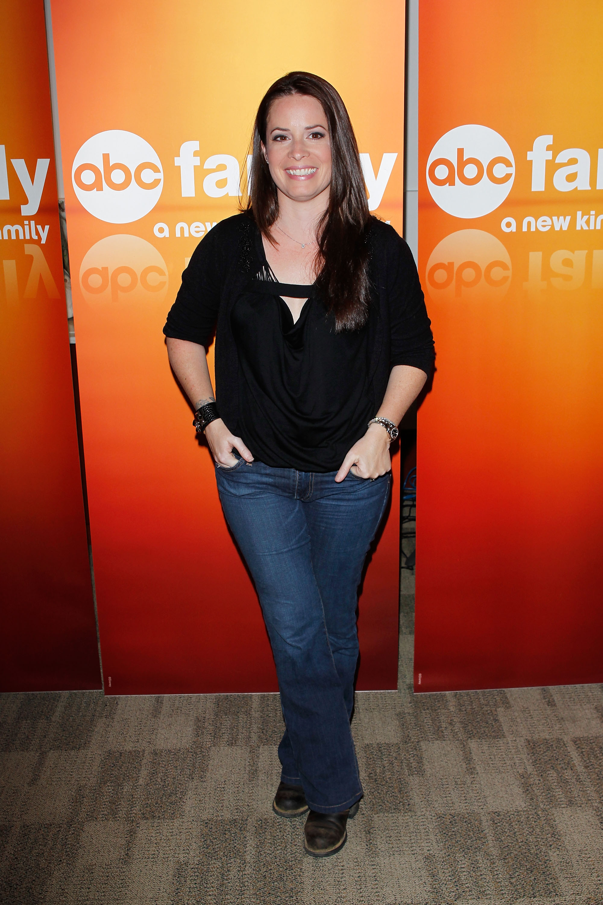 Holly Marie Combs photo gallery - page #4 | Celebs-Place.com