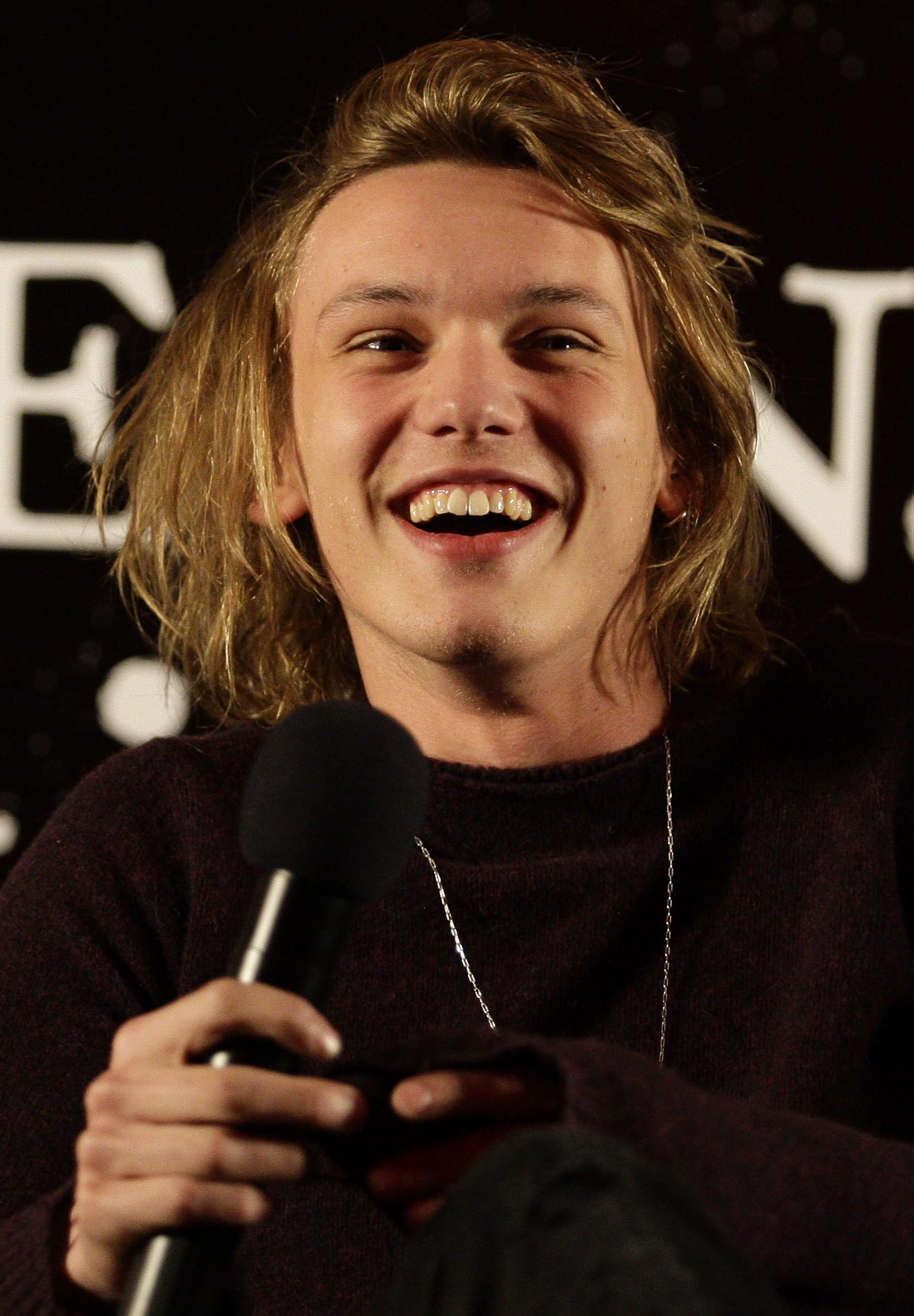 Jamie Campbell-Bower photo #251906