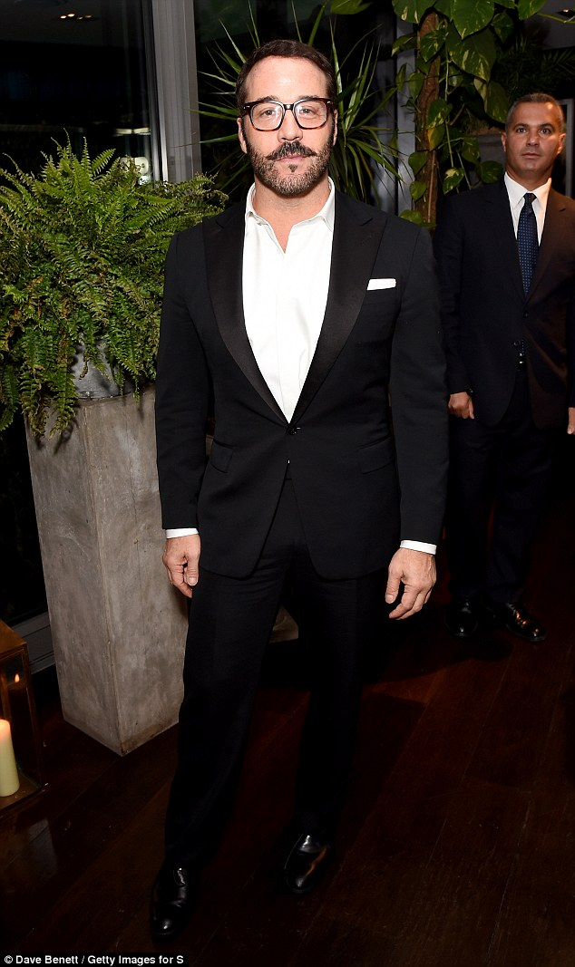 Jeremy Piven photo #679482
