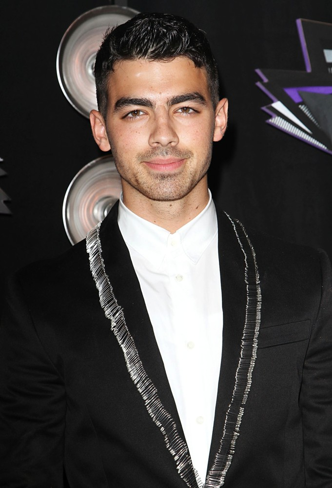 Joe Jonas photo #347535