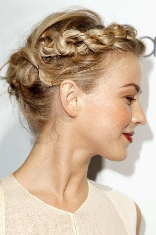 Прически или плетение на волосы до плеч