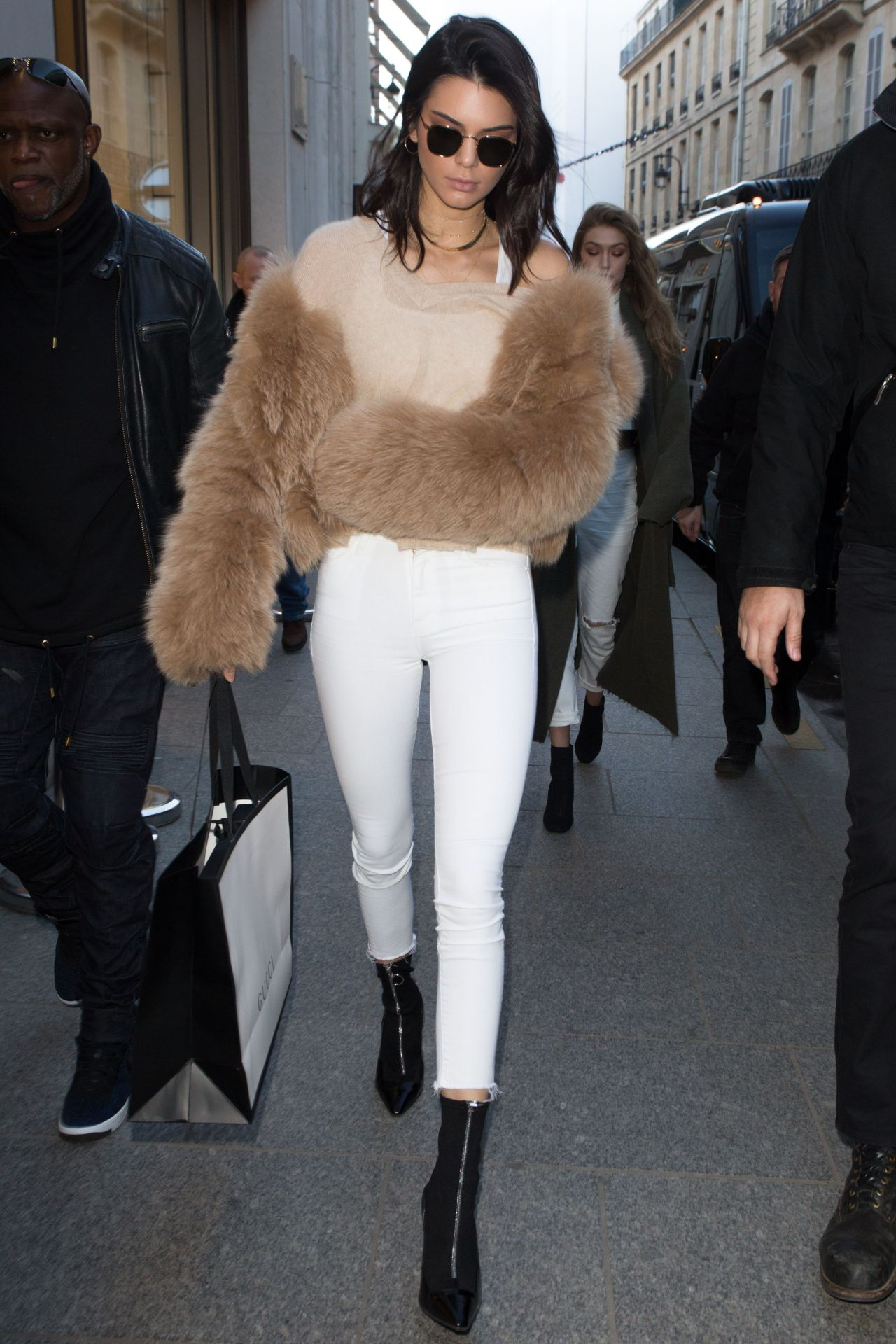 Kendall Jenner photo gallery - page #9   Celebs-Place.com