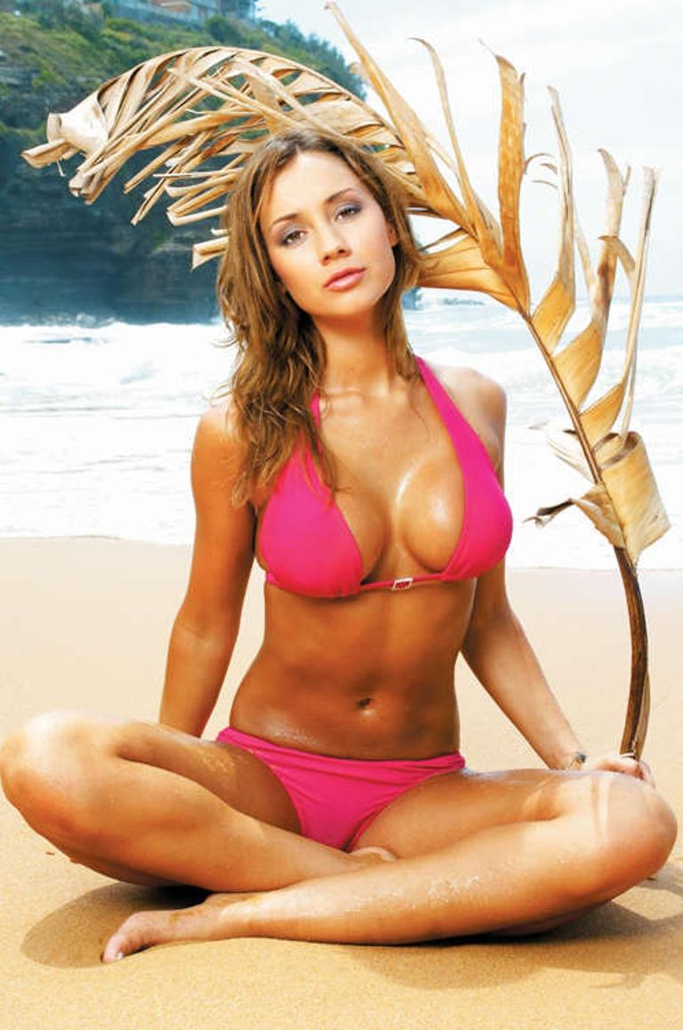 Krystal Forscutt naked (37 pics), Boobs