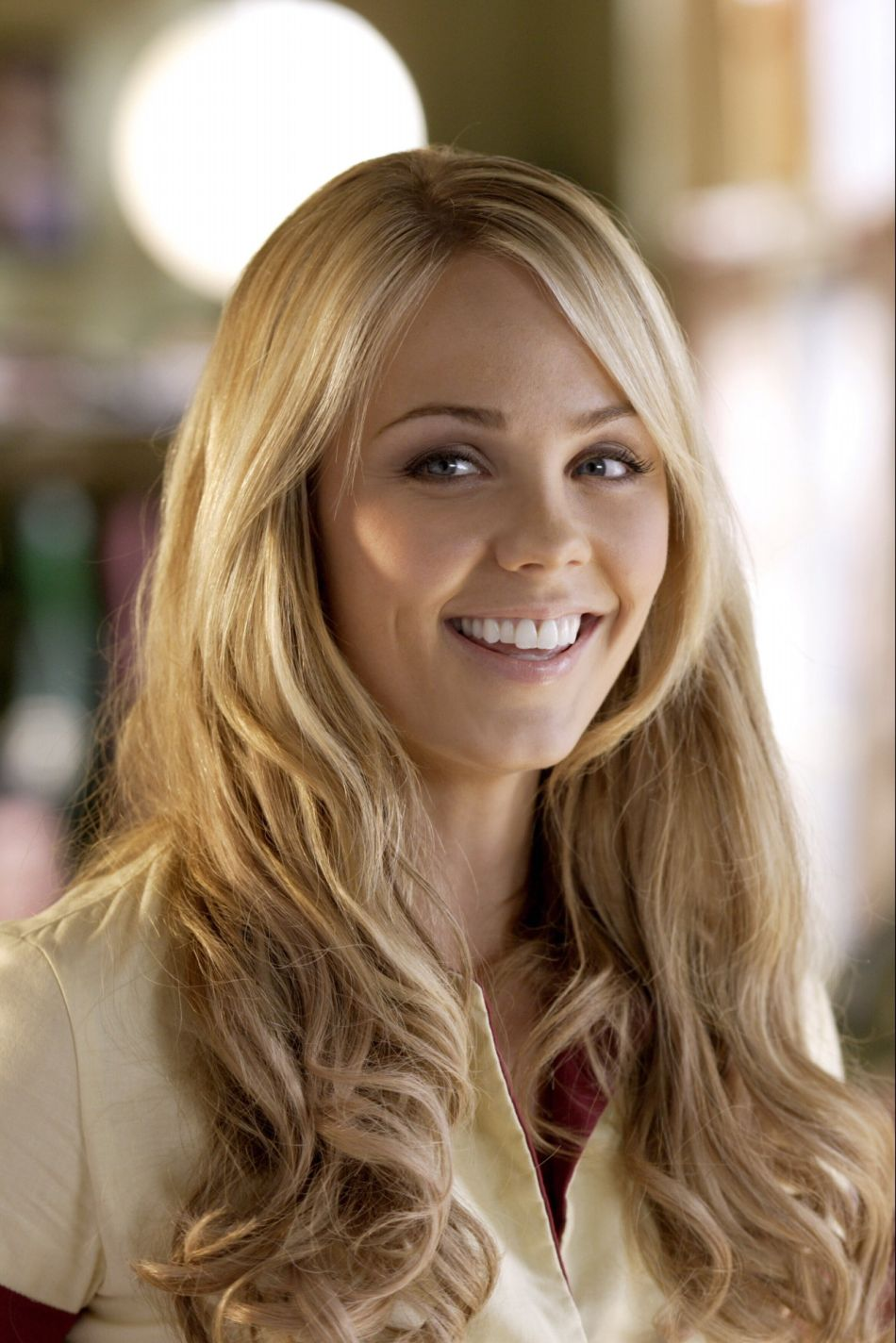 The official website of Laura Vandervoort. News and Laura vandervoort photo gallery