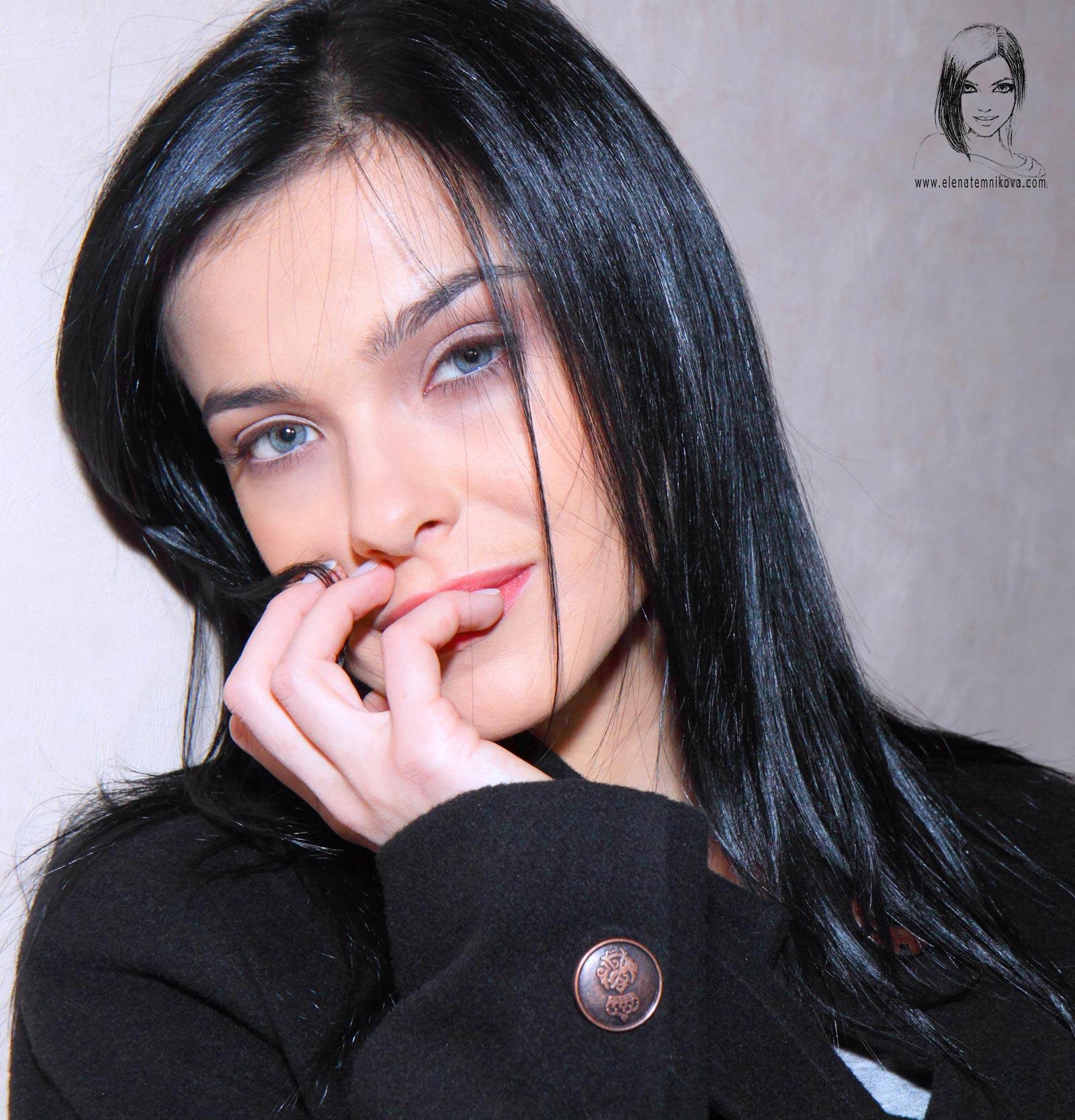 Елена Темникова презентовала сингл «Подсыпал»