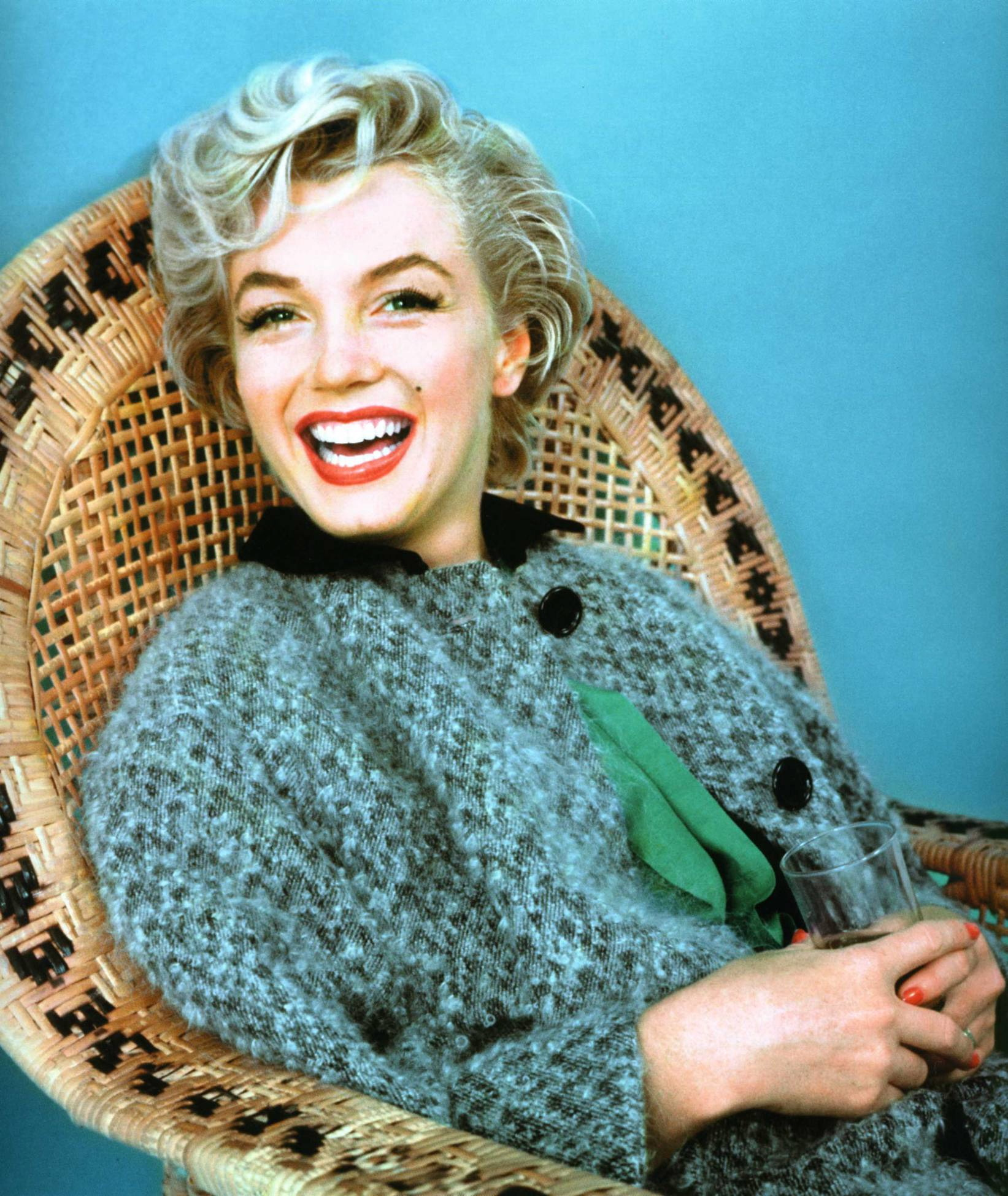 The Secret Body Language of Marilyn Monroe  eWritings