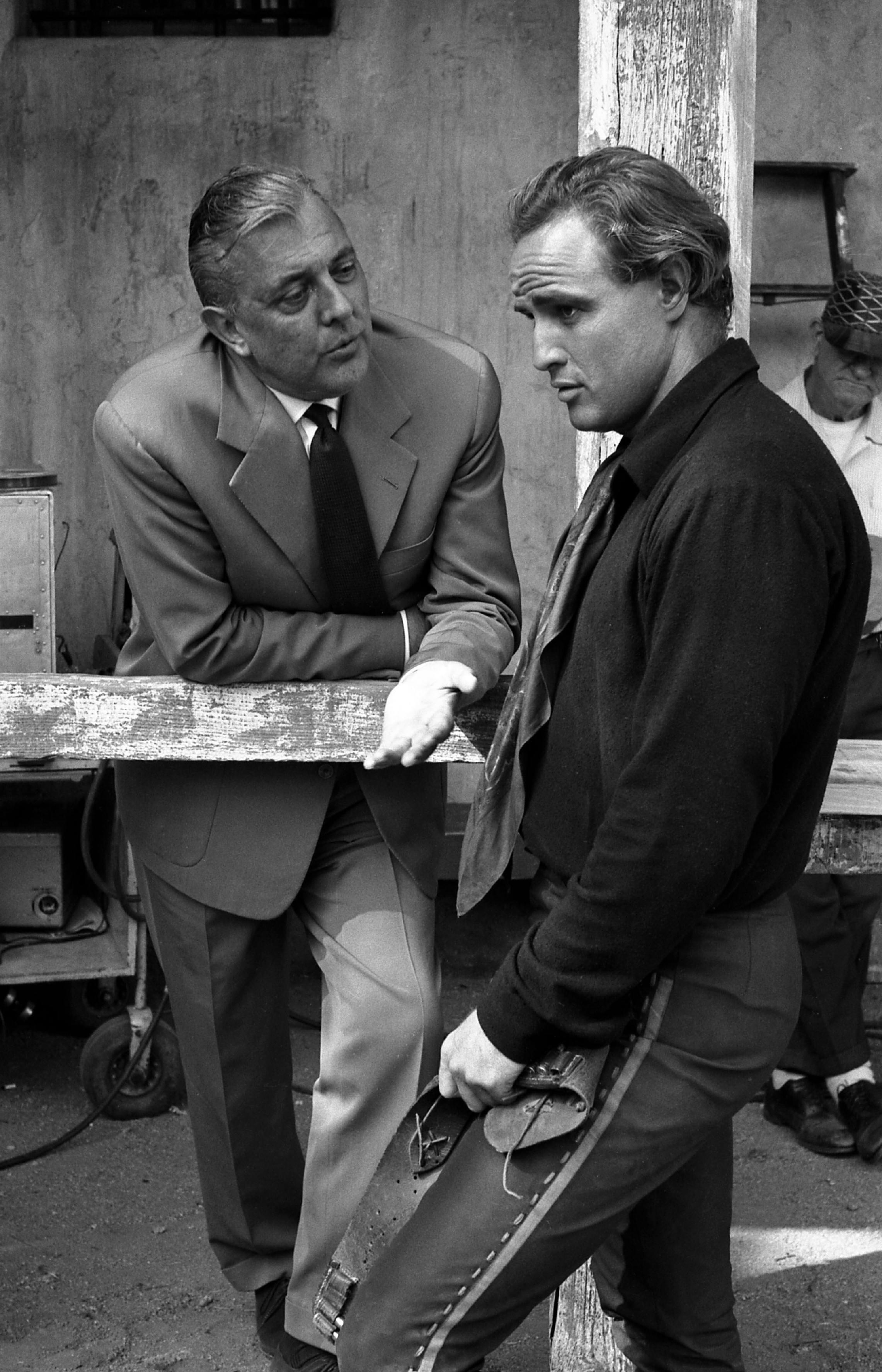 Marlon Brando photo ga...