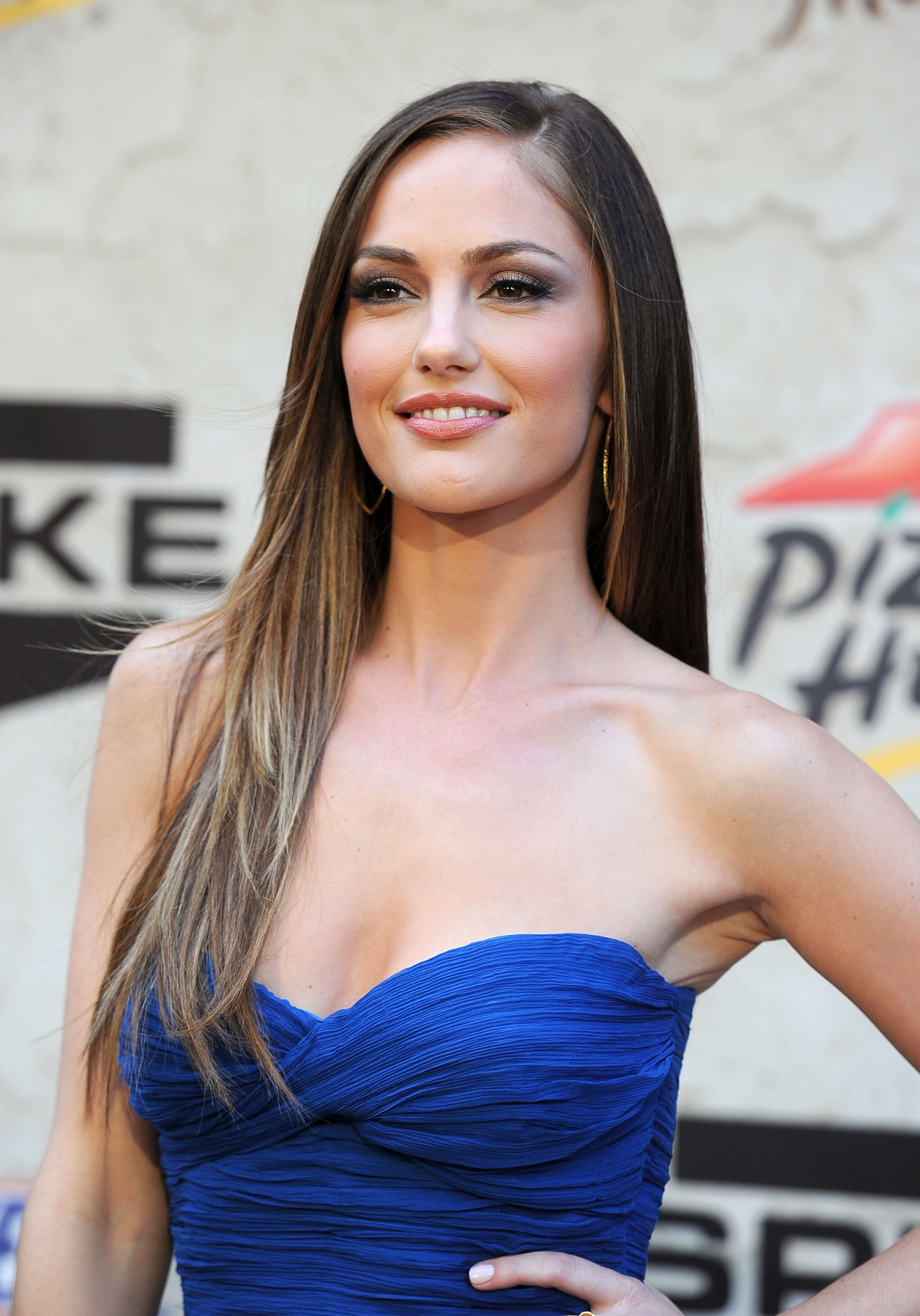 minka kelly just go with it