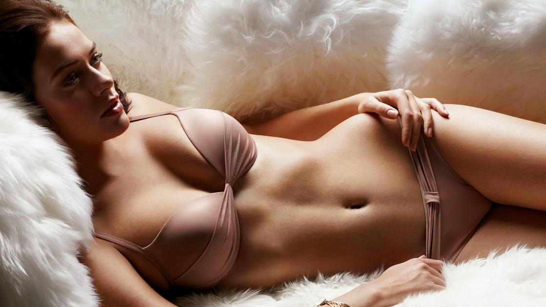 Скачать голые женские фото