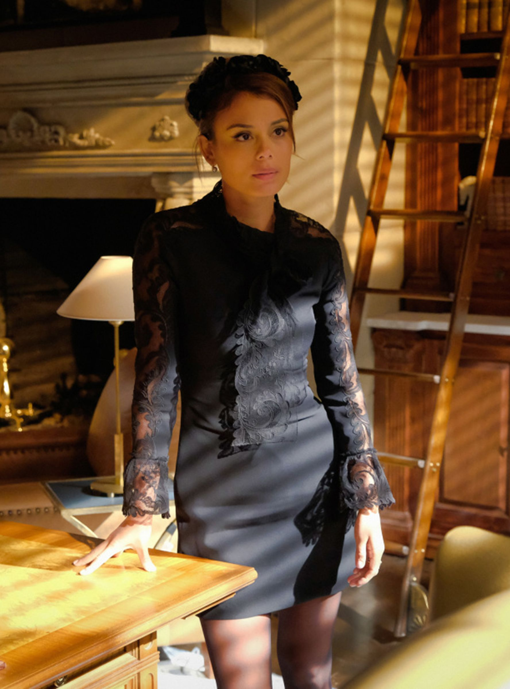 Nathalie Kelley photo gallery - page #3   Celebs-Place.com