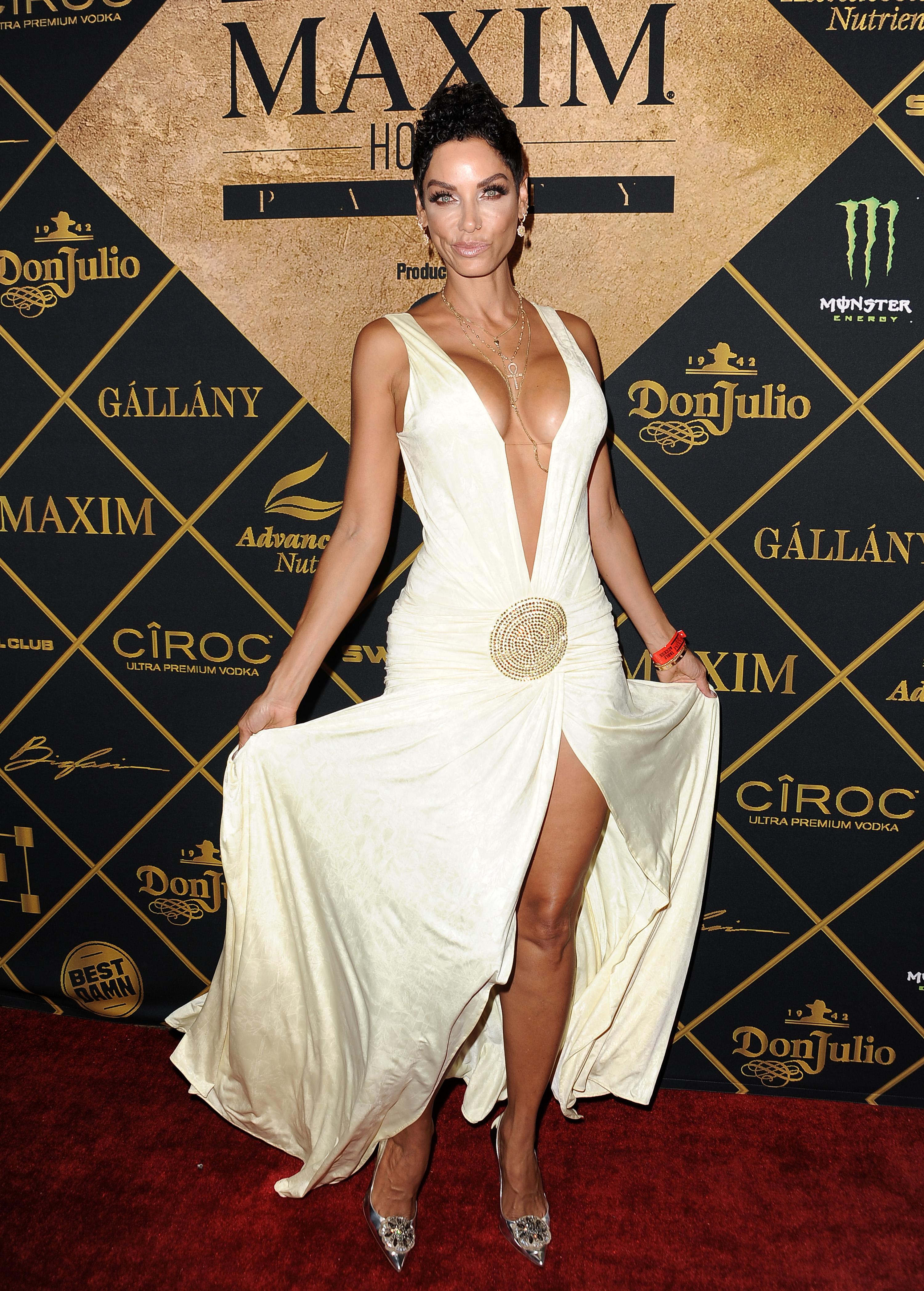 Nicole Murphy photo ga... Pamela Anderson