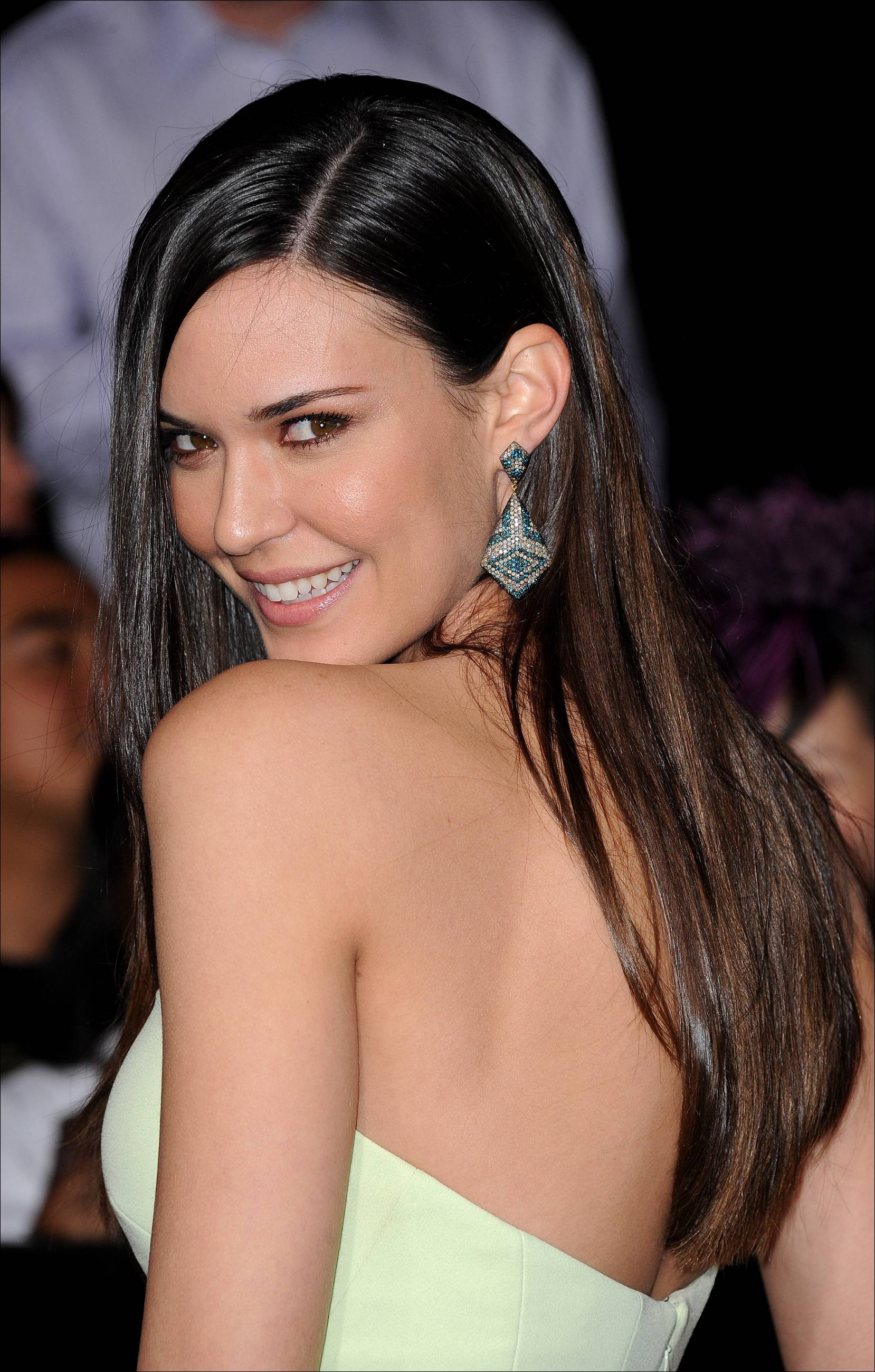 odette annable mandy moore