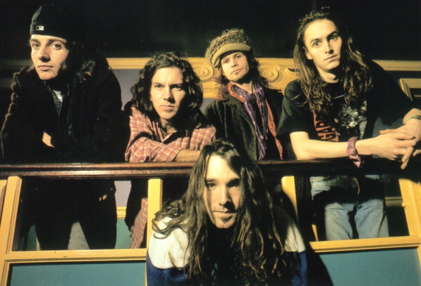 Thumbnail of Pearl Jam photo #654055