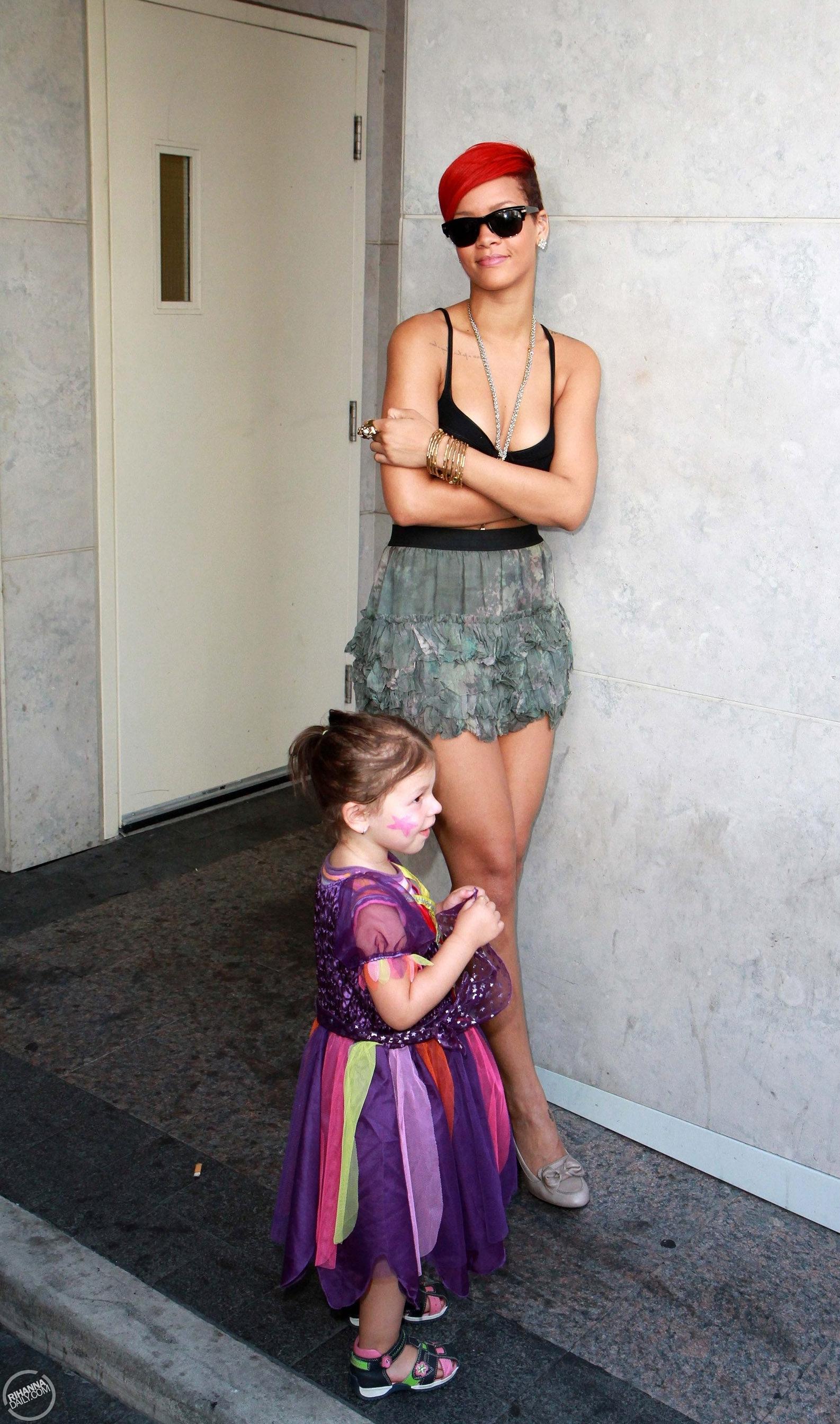 Рианна личная жизнь дети фото