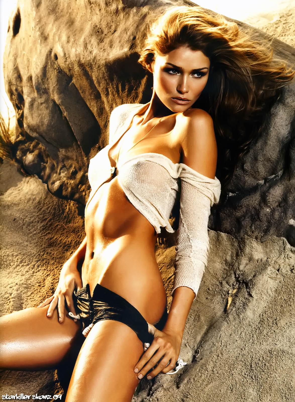 Young Sarah Mutch nude (19 photo), Hot