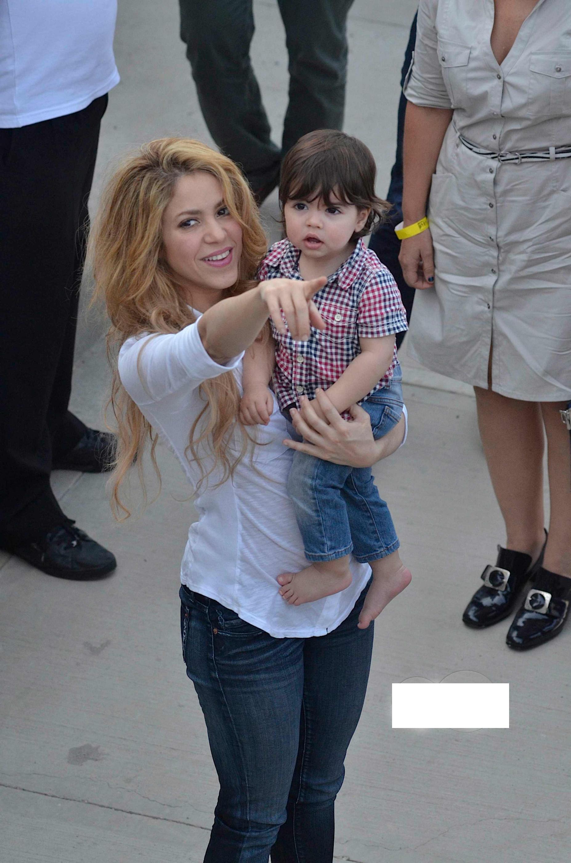 Шакира биография личная жизнь дети фото