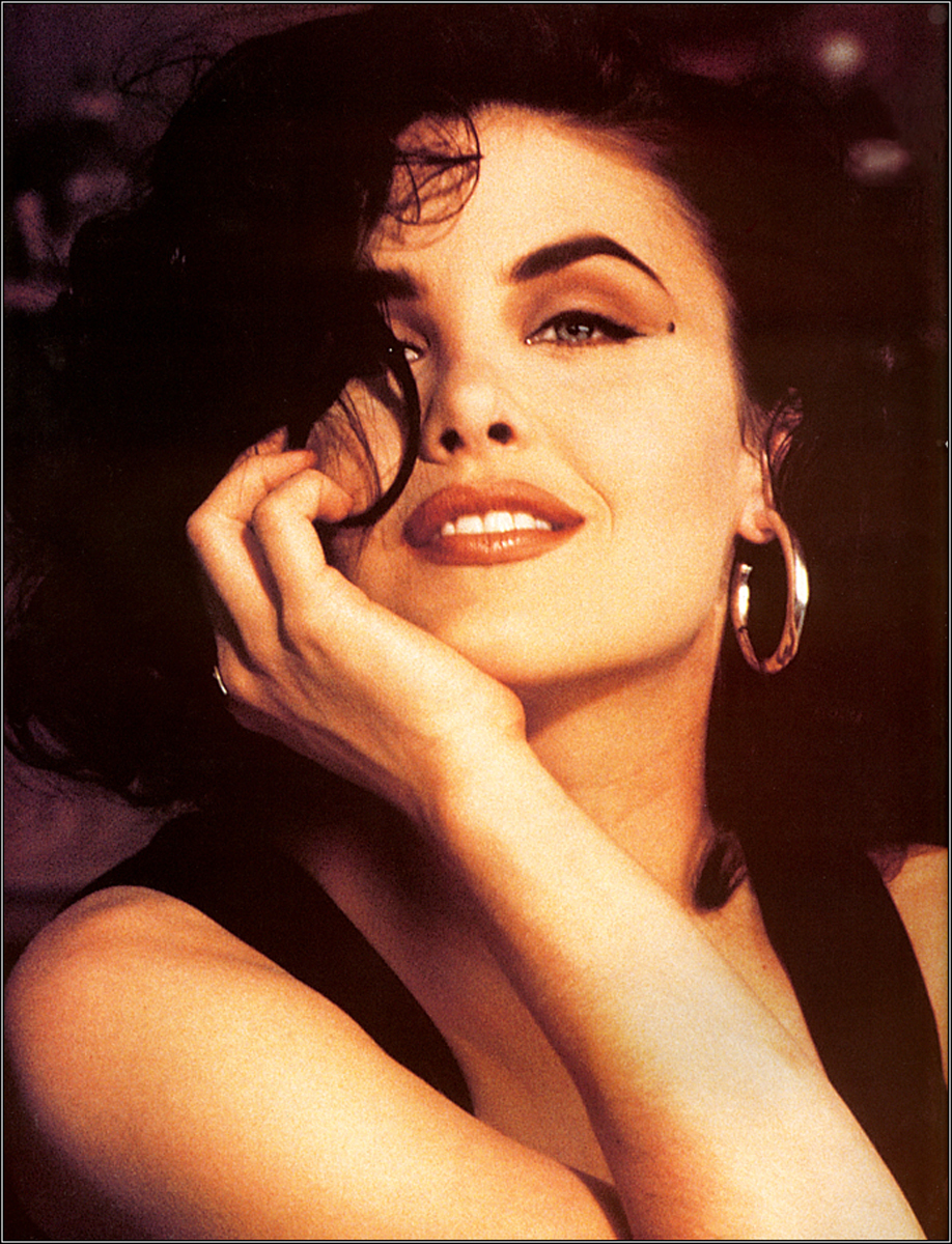 sherilyn fenn new twin peaks