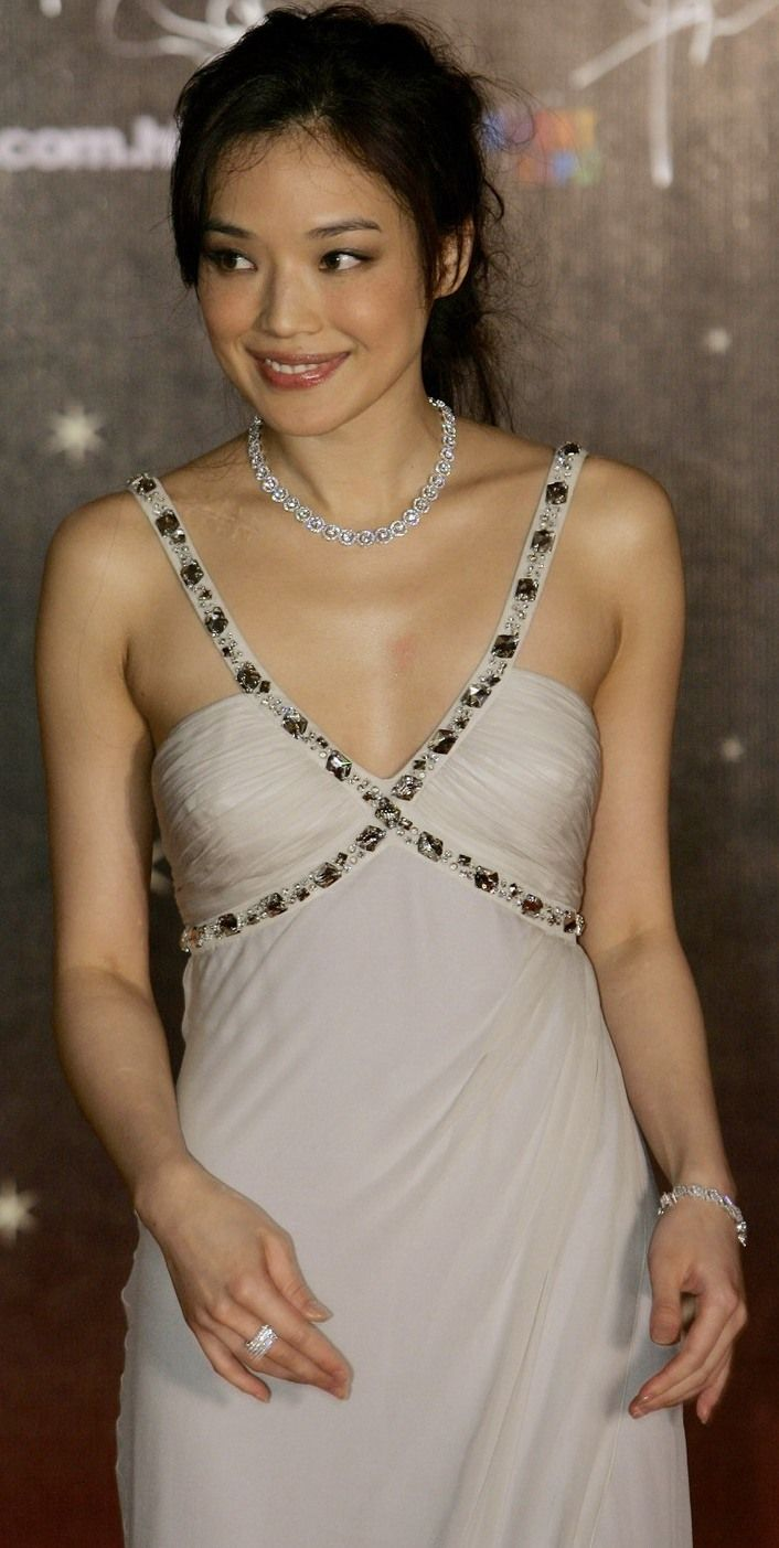 Nicole Dulalia (b. 1997) Porno picture Miranda Garrison,Barbie Almalbis (b. 1977)