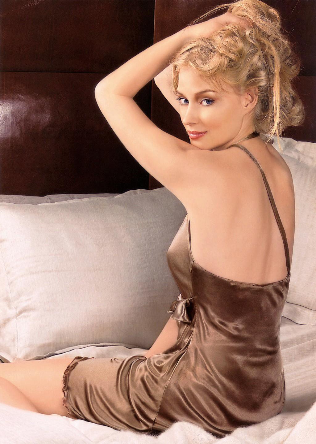 golie-otechestvennie-aktrisi-foto