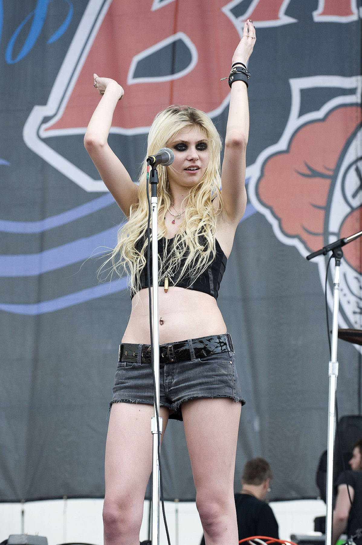 Bikini Taylor Momsen naked (65 photos), Sexy, Cleavage, Boobs, braless 2020