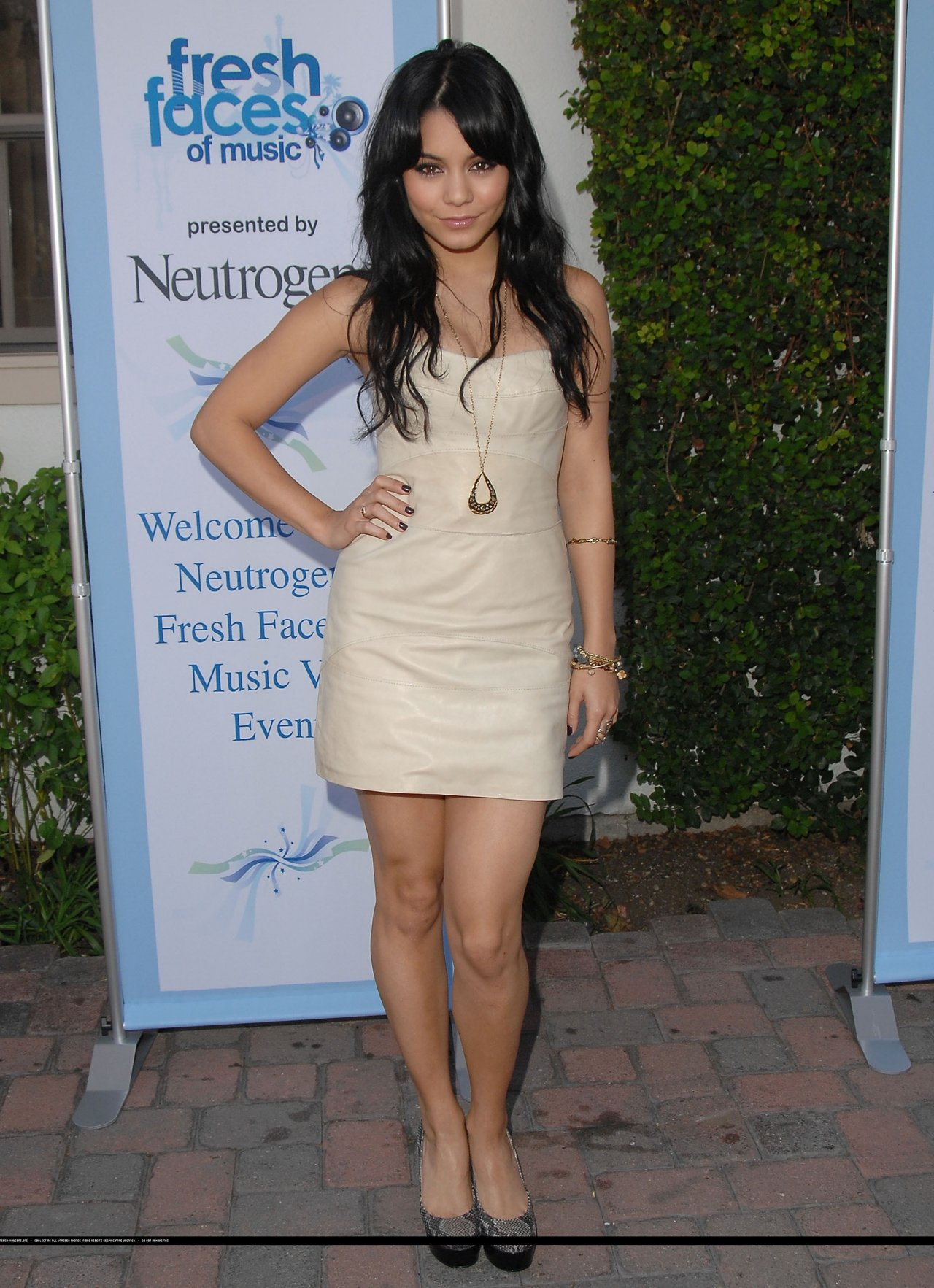 Vanessa Hudgens photo #744314