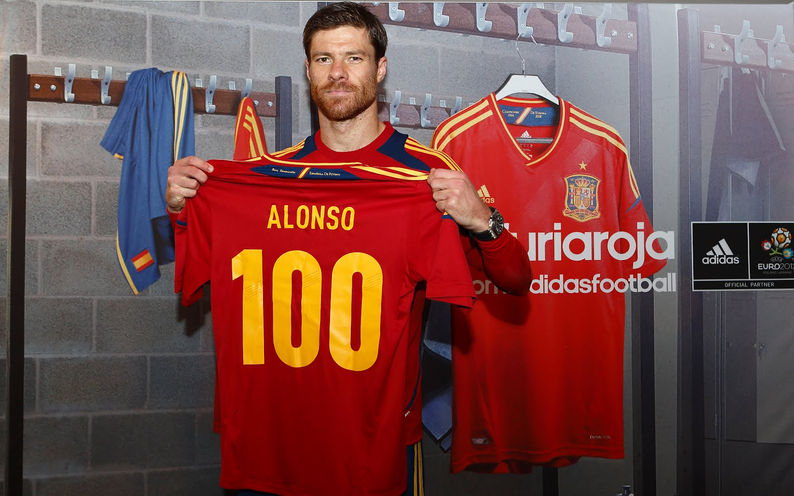 Xabi Alonso photo #401872