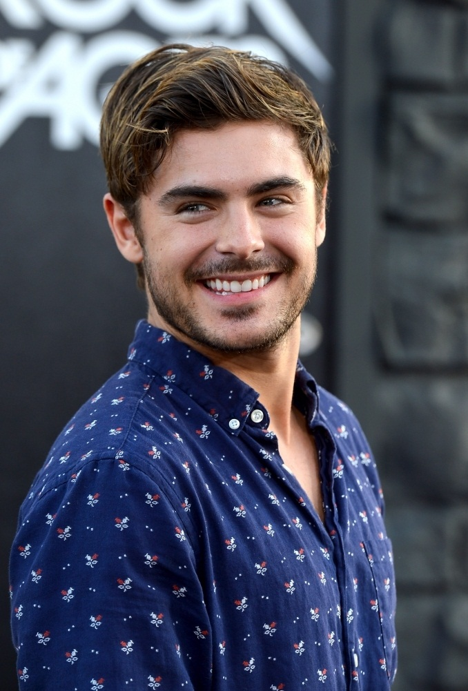 Zac Efron photo #396197