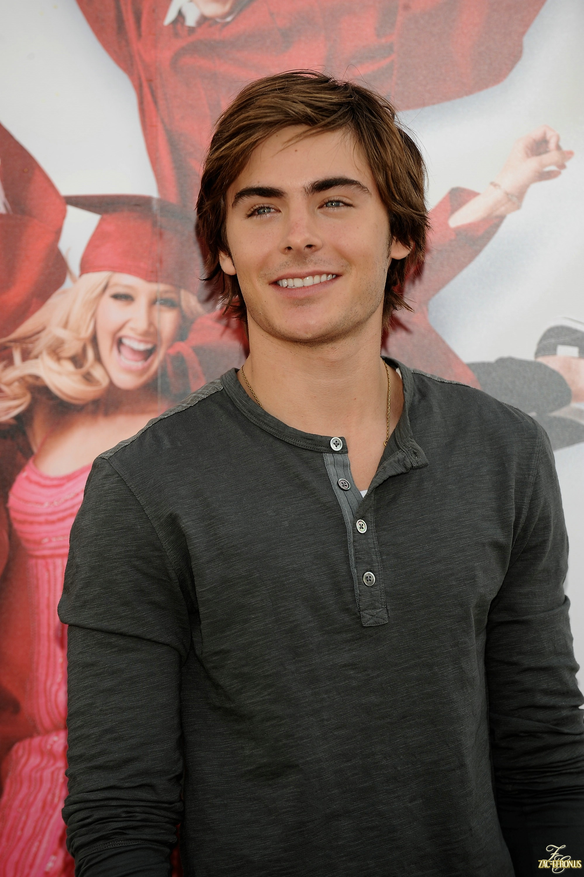 Zac Efron photo #743444